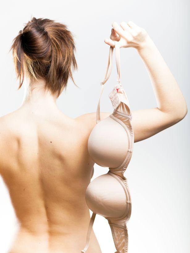 Phụ nữ ngực nhỏ hay to cũng đừng thả rông suốt ngày, chuyên gia đồ lót đã cảnh báo về sự nguy hiểm của nó rồi đấy - Ảnh 1.