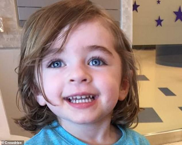 Mắc bệnh lạ, bé gái 5 tuổi không thể tiếp xúc với ánh nắng mặt trời bởi điều khủng khiếp này sẽ xảy ra - Ảnh 3.