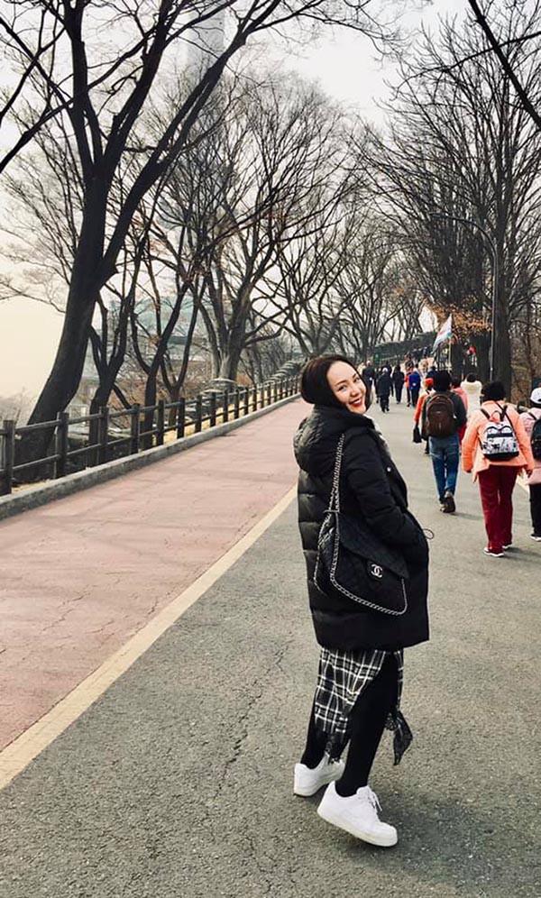 Cuộc sống giàu sang của ca sĩ lười nhất showbiz - Phương Linh - Ảnh 4.