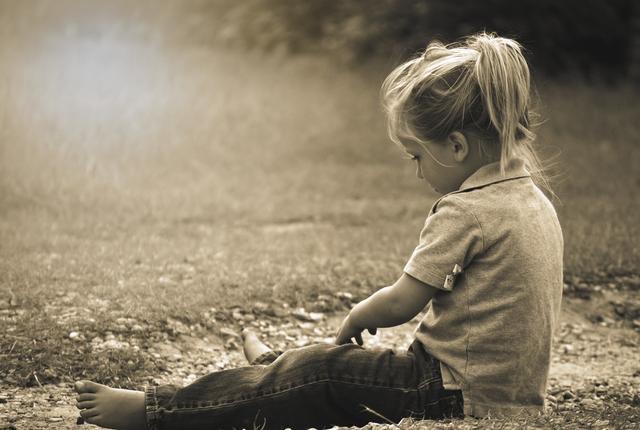 Bé gái 9 tuổi bị viêm âm đạo nghiêm trọng chỉ vì sự chủ quan cha mẹ không hướng dẫn con làm đúng việc này - Ảnh 1.