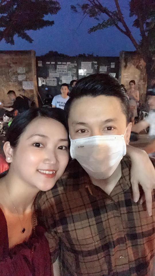 Vợ chồng Lam Trường lần đầu đi du lịch riêng sau 5 năm kết hôn mà cuối cùng vẫn không toàn tâm toàn ý vì điều này - Ảnh 1.