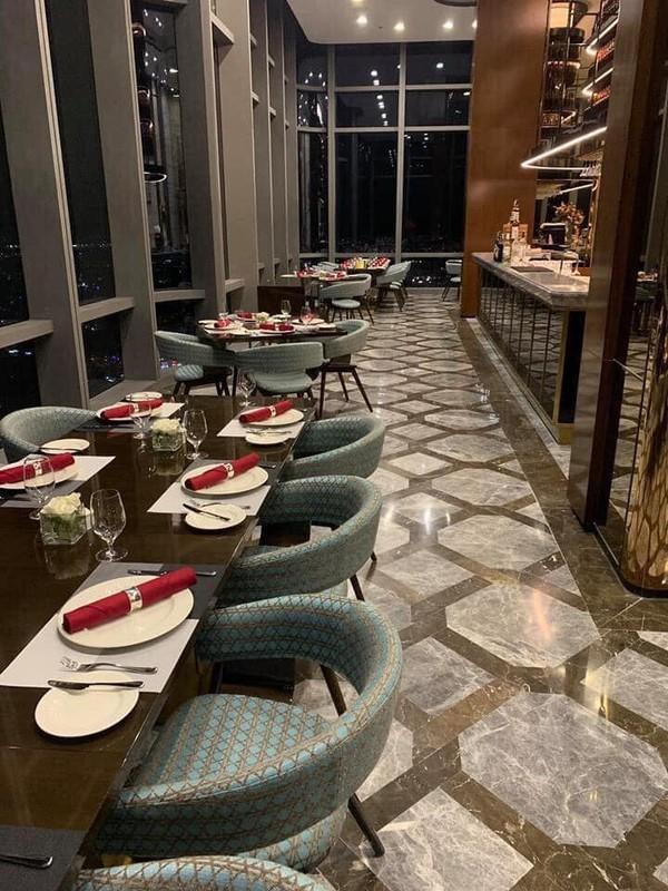 Phở chọc trời tại khách sạn hạng sang ở Sài Gòn với giá 920.000 đồng/bát khiến nhiều người hết hồn - Ảnh 2.