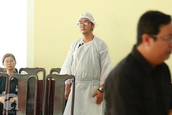Con đầu qua đời vì tai nạn, hậu sự của nghệ sĩ Lê Bình đều do cậu con út lo liệu - Ảnh 10.
