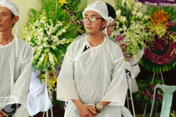 Con đầu qua đời vì tai nạn, hậu sự của nghệ sĩ Lê Bình đều do cậu con út lo liệu - Ảnh 12.
