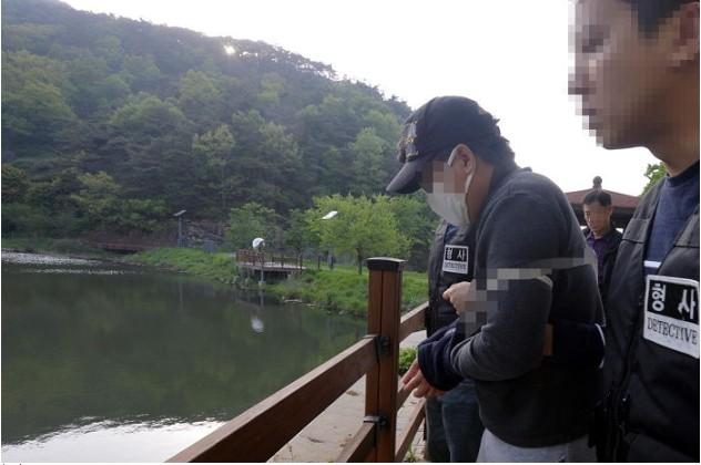 Vụ bé gái 12 tuổi bị mẹ ruột và bố dượng giết hại xôn xao Hàn Quốc, hé lộ cuộc đời địa ngục của đứa trẻ khiến dư luận căm phẫn - Ảnh 4.