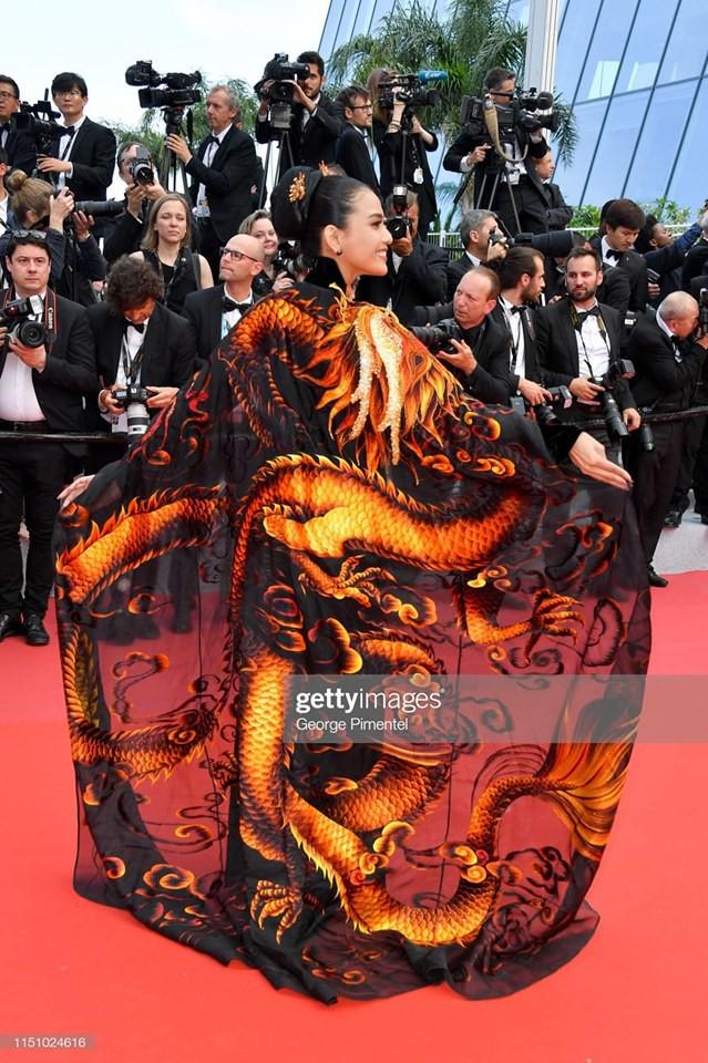 Á hậu Trương Thị May tại LHP Cannes 2019