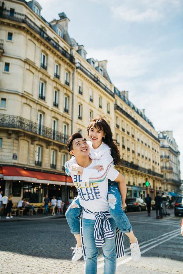 Ngắm trọn bộ ảnh đẹp như phim Hàn của Trấn Thành - Hari Won tại Paris hoa lệ - Ảnh 1.