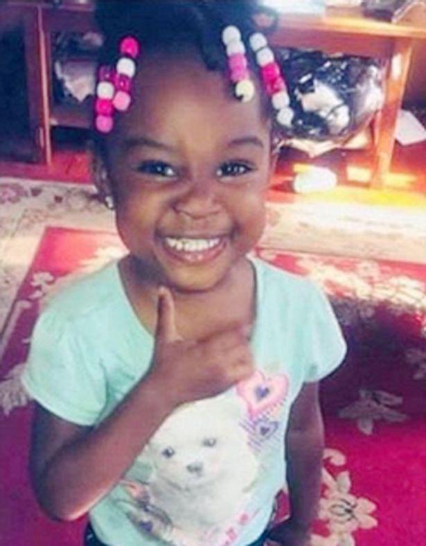 Rúng động nước Mỹ: Bé gái 3 tuổi bị bố dượng hãm hiếp đến chết, hành động nhẫn tâm của bà mẹ càng gây phẫn nộ tột cùng - Ảnh 1.