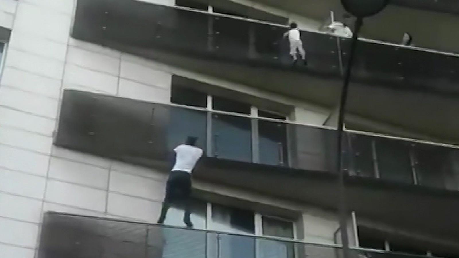 Bé trai 12 tuổi nguy kịch vì tai nạn hy hữu khi đang phơi đồ và bài học cảnh giác cho những người sống ở chung cư cao tầng - Ảnh 2.