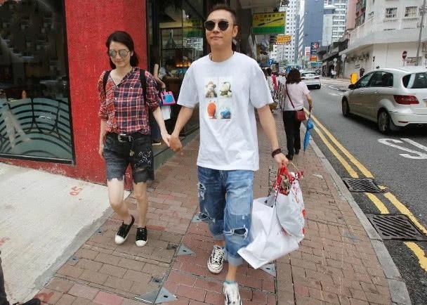 Ngoại tình bung bét, Trương Đan Phong mua siêu xe tặng Hồng Hân để bù đắp  - Ảnh 4.