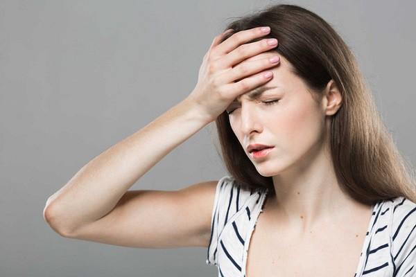 Nguyên nhân khiến bạn thường xuyên đau đầu trong ngày đèn đỏ và cách khắc phục - Ảnh 3.