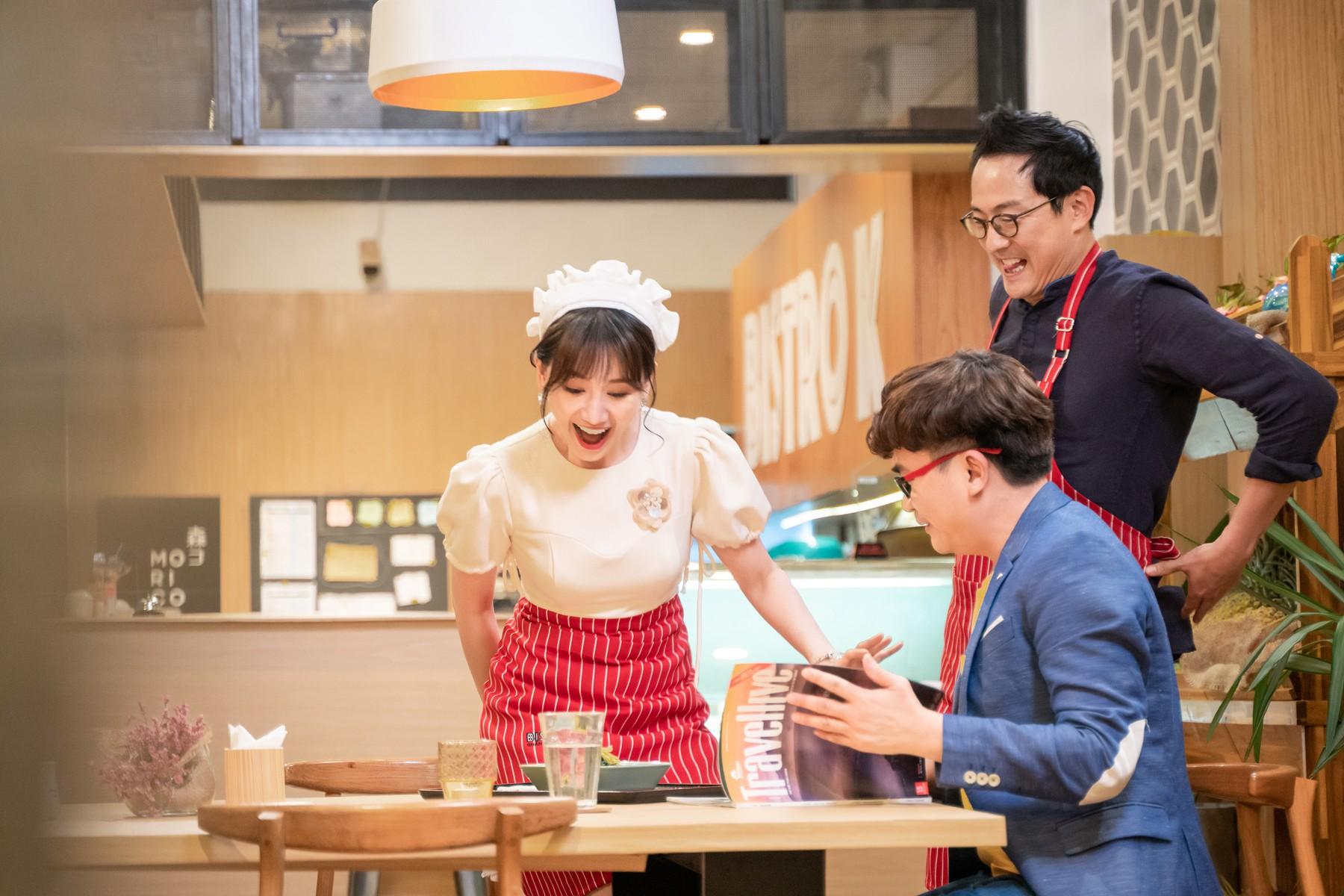 Làm nữ phục vụ xinh xắn, Hari Won bị than phiền vì thường xuyên xin ăn của đồng nghiệp  - Ảnh 8.