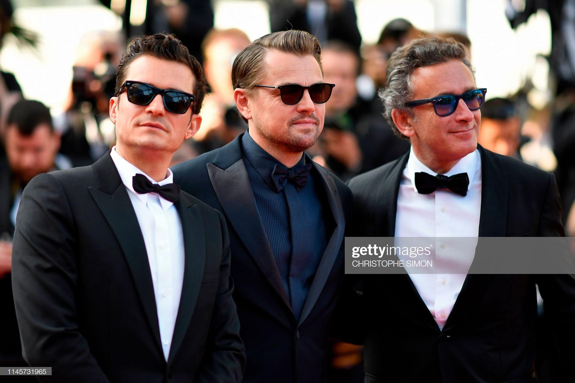 Thảm đỏ Cannes ngày 10: Các người đẹp thả rông ngực, cố tình làm trò lố vẫn bị truyền thông ngó lơ - Ảnh 1.