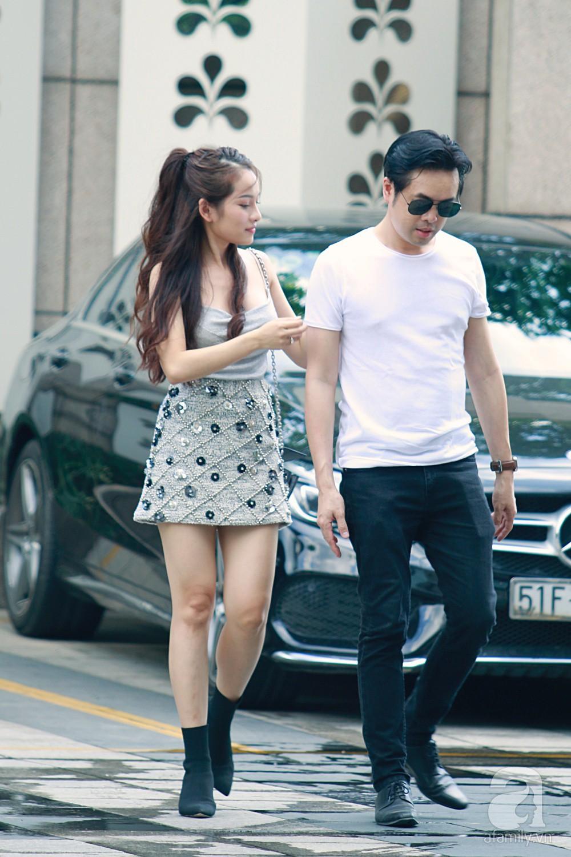 Hot: Dương Khắc Linh cùng vợ sắp cưới khoác vai, công khai ôm hôn tình tứ trước ngày lên xe hoa - Ảnh 3.