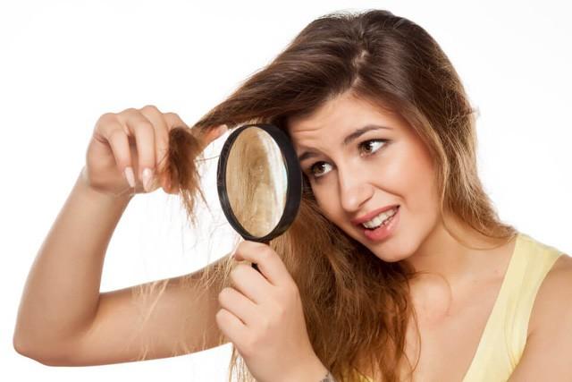 Chuyên gia chỉ mặt những nguyên nhân khiến tóc rụng nhiều không ngờ - Ảnh 2.