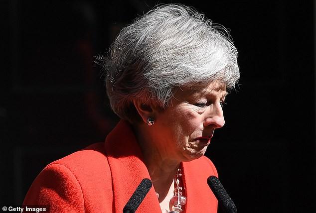 Khoảnh khắc xúc động khi người đàn bà thép Theresa May rơi nước mắt trong giây phút tuyên bố từ chức và 3 năm thăng trầm của nữ Thủ tướng Anh - Ảnh 3.