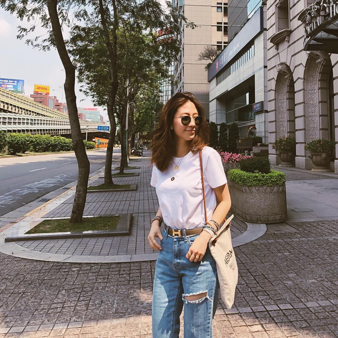 Bảo chứng cho vẻ sành điệu là combo áo phông – quần jeans với 15 ý tưởng diện mãi không biết chán này  - Ảnh 2.