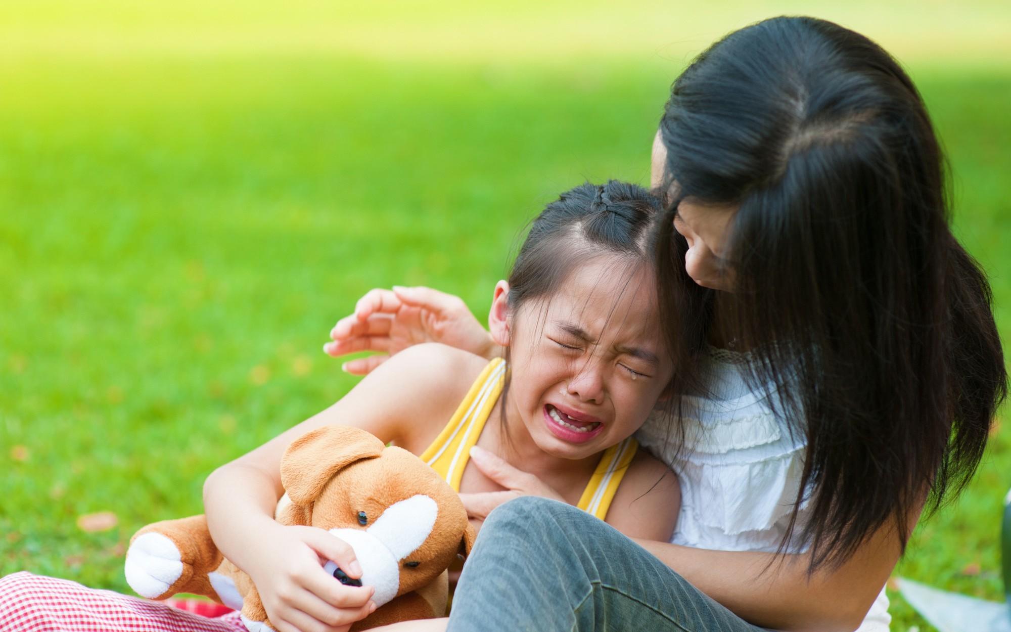 Cứ tưởng làm thế này là yêu con, nhưng thực ra cha mẹ đang hại con - Ảnh 1.