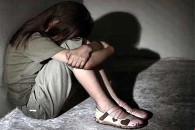 Đồng Tháp: Người đàn ông say rượu xâm hại tình dục con gái 11 tuổi - Ảnh 1.