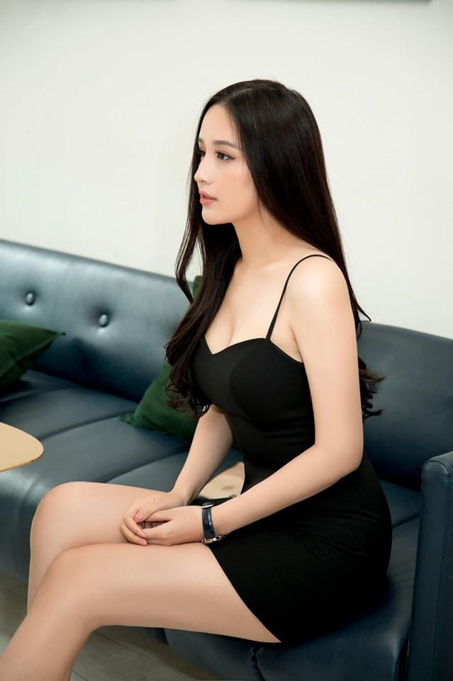Hoa hậu Mai Phương Thúy stress nặng sau màn lộ vóc dáng đồ sộ và vòng 1 siêu khủng trên truyền hình - Ảnh 3.