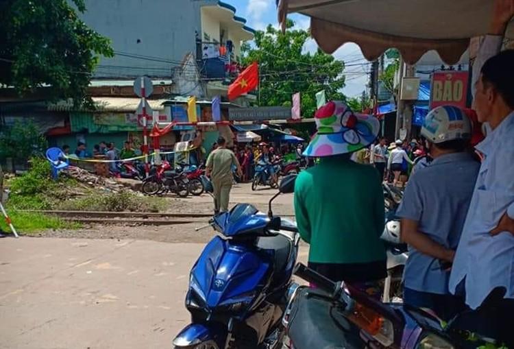 Kinh hoàng: Thai phụ sắp sinh cùng chồng và con 4 tuổi chết bất thường ở Bình Dương - Ảnh 1.