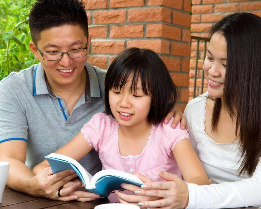 Nghiên cứu lại vừa chỉ ra thêm lý do cha mẹ rất nên đọc sách cùng con từ sớm - Ảnh 2.