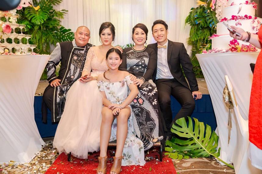 Xúc động bức tâm thư Lê Tuấn Anh viết cho con gái riêng của vợ: Ba hãnh diện về con - Ảnh 4.