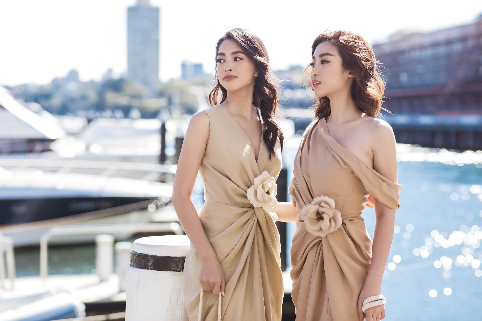 Chị em Hoa hậu Mỹ Linh - Tiểu Vy khiến ai cũng ngoái nhìn khi cùng dạo bước trên đường phố Sydney  - Ảnh 5.