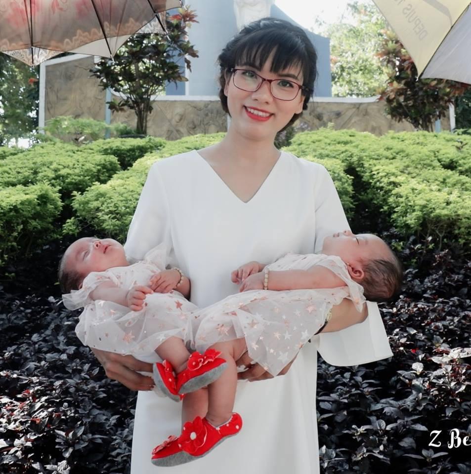 Nhật ký đi sinh nghẹt thở của mẹ mang thai đôi: Đang khám bác sĩ bỗng yêu cầu nhập viện, dừng thai kỳ ngay lập tức - Ảnh 1.
