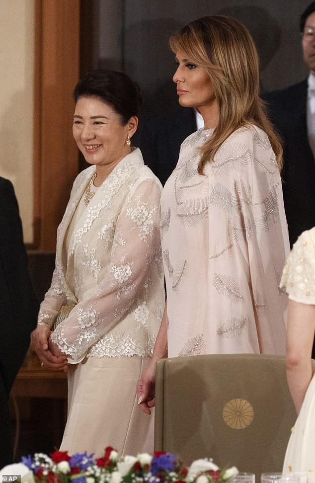 Hoàng hậu Masako tiếp tục ghi điểm tuyệt đối trong tiệc chiêu đãi nhờ một loạt hành động này, đến Tổng thống Trump cũng hài lòng, vui vẻ - Ảnh 7.