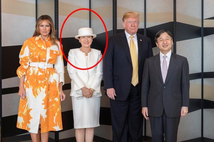 Vợ chồng Tổng thống Trump kết thúc chuyến thăm tại Nhật, Hoàng hậu Masako tiếp tục lặp lại thói quen khó bỏ nhưng được công chúng ca ngợi hết lời - Ảnh 2.