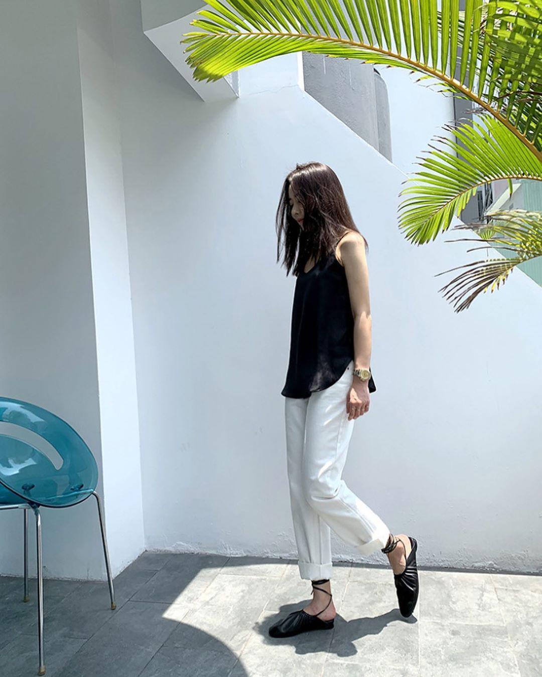 Nô nức diện váy thô mùa hè cho mát, muốn mặc đẹp hãy tham khảo 15 bộ đồ từ street style Châu Á này - Ảnh 2.
