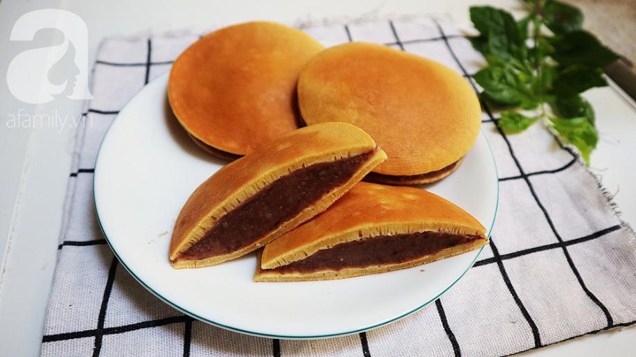 Sắp tới ngày Quốc tế thiếu nhi 1/6 rồi, mẹ làm bánh rán Doraemon cho bé ăn thôi! - Ảnh 8.