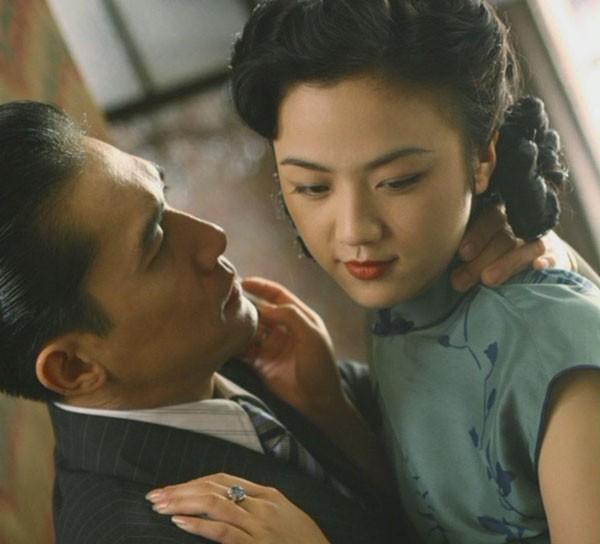 5 cảnh nóng đã hại đời diễn viên thê thảm: Kẻ lao đao vì sự nghiệp, người tự sát từ rất trẻ - Ảnh 16.