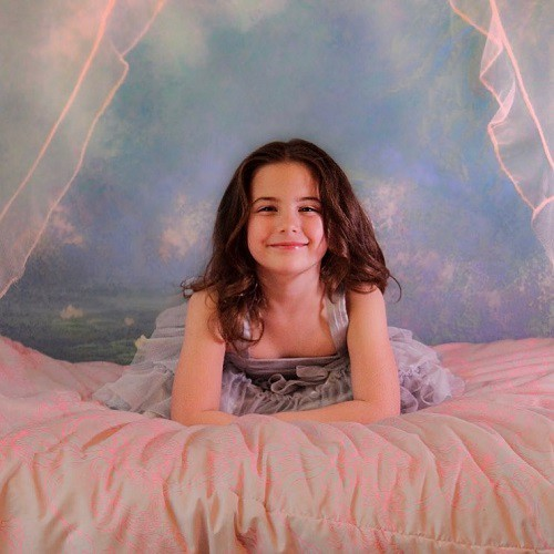 Vẻ đẹp tựa thiên thần của con gái Iron Man trong Avengers: Endgame khiến mạng xã hội phát cuồng - Ảnh 5.
