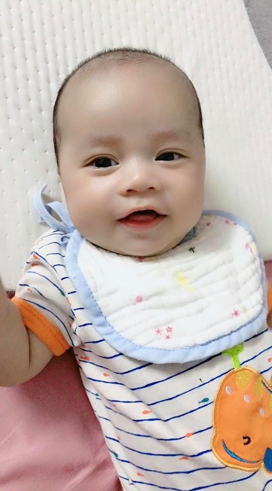 Sau hành trình chiến đấu lại virus RSV gây viêm phổi, mẹ Hà Nội cảnh báo các mẹ khác đừng coi thường nụ hôn thần chết - Ảnh 8.