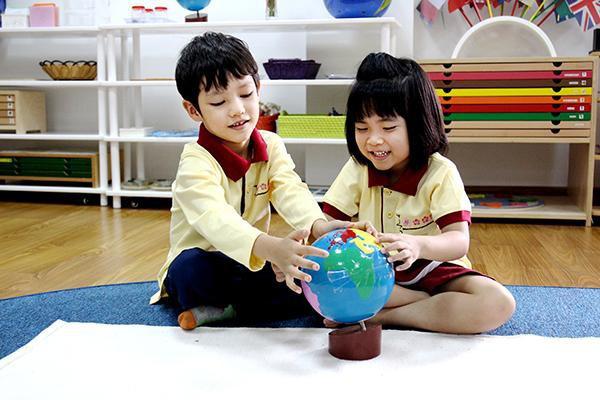 Học sinh mầm non đã rèn luyện kỹ năng teamwork tại trường quốc tế như thế nào? - Ảnh 1.