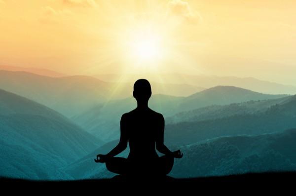 Nghiên cứu gây sốc: Yoga và thiền định khiến con người trở nên sân si và tự nâng cao bản thân mình hơn - Ảnh 3.