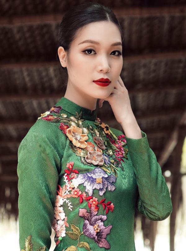 Hoa hậu Việt Nam 2008 Trần Thị Thùy Dung: Từ scandal Hoa hậu học dốt đến ồn ào bị vợ cũ đại gia dằn mặt và hạnh phúc giấu kín ở tuổi 30 - Ảnh 7.