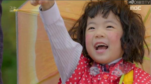 Tập cuối Mối tình đầu của tôi thua xa bản Hàn: Lan Ngọc quá đẹp là một cái tội, Chi Pu còn chẳng có nổi đoạn kết của riêng mình - Ảnh 3.