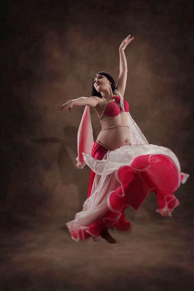 Mẹ Sài Gòn mang bầu tháng thứ 9 vẫn nhảy belly dance cực sung, sau sinh mổ chỉ 1 ngày đã đi lại nhẹ nhàng - Ảnh 8.