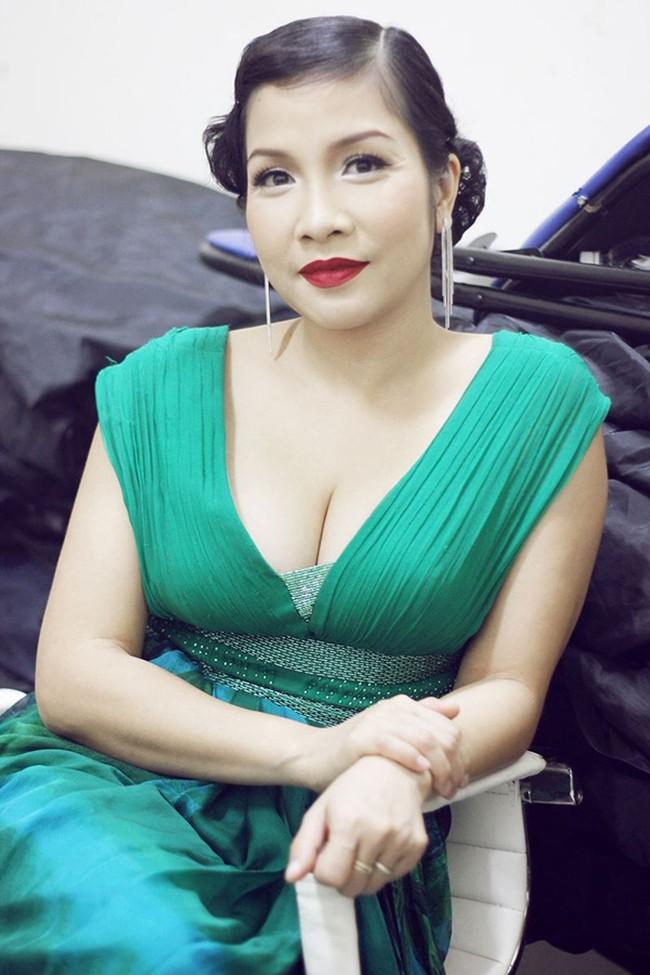 Giữa lúc Thu Minh gây tranh cãi với danh xưng Diva, Tùng Dương bất ngờ lên tiếng, lôi cả Thanh Lam - Hồng Nhung vào cuộc - Ảnh 6.