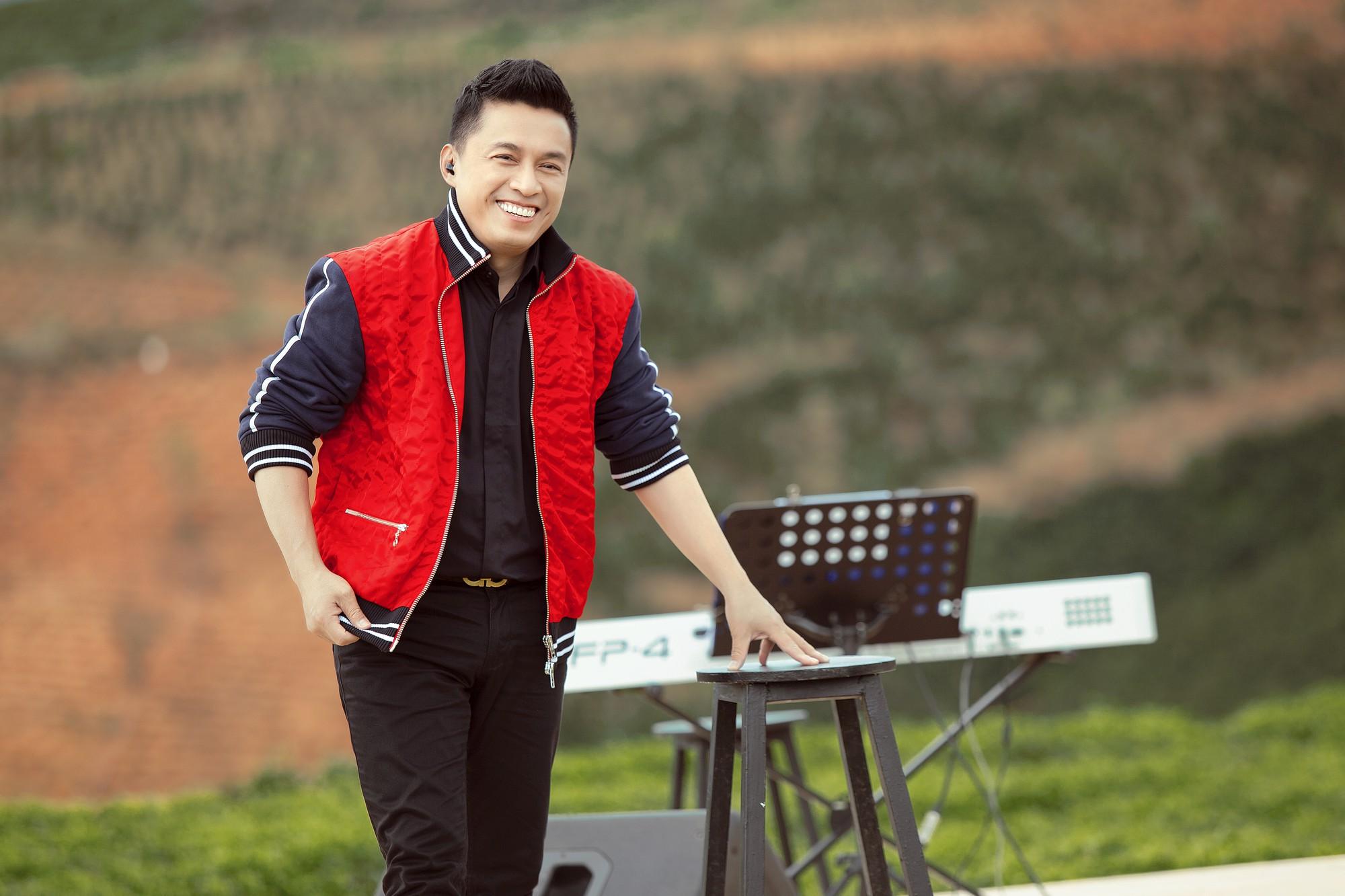 """Tái hiện lại hit 20 năm trước, Lam Trường vẫn xứng danh """"tình đầu quốc dân"""" vì giọng hát đốn tim - Ảnh 8."""