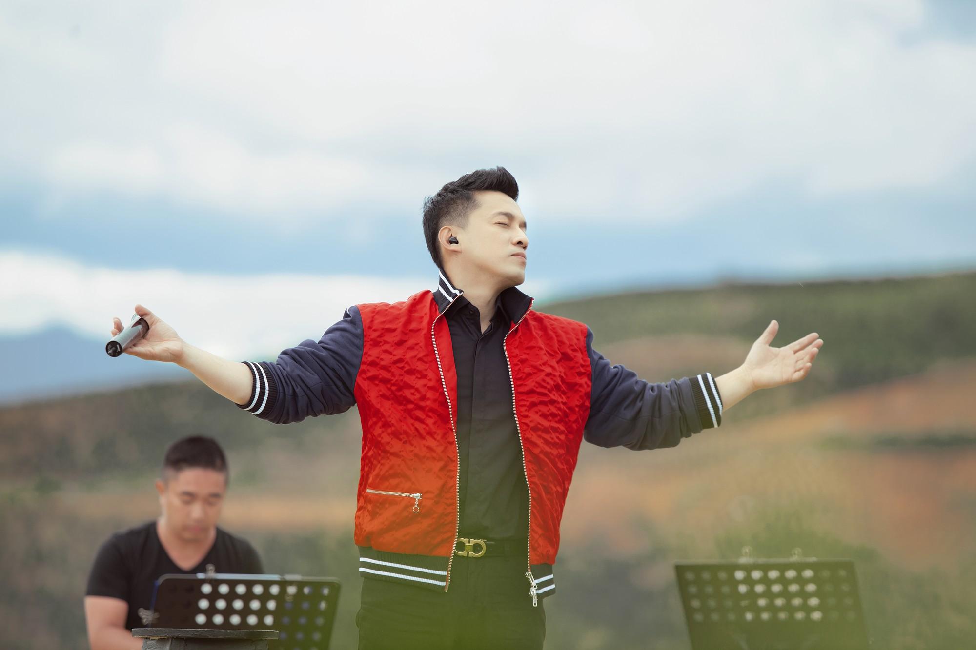 """Tái hiện lại hit 20 năm trước, Lam Trường vẫn xứng danh """"tình đầu quốc dân"""" vì giọng hát đốn tim - Ảnh 5."""
