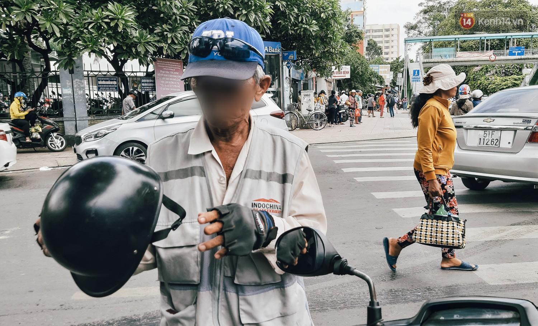 """Nhân chứng vụ diễn viên Bảo Lâm bị đánh khi phát cơm từ thiện: Tôi chạy đến can thì bọn họ bảo """"đang diễn để quay phim chú ơi"""" - Ảnh 4."""