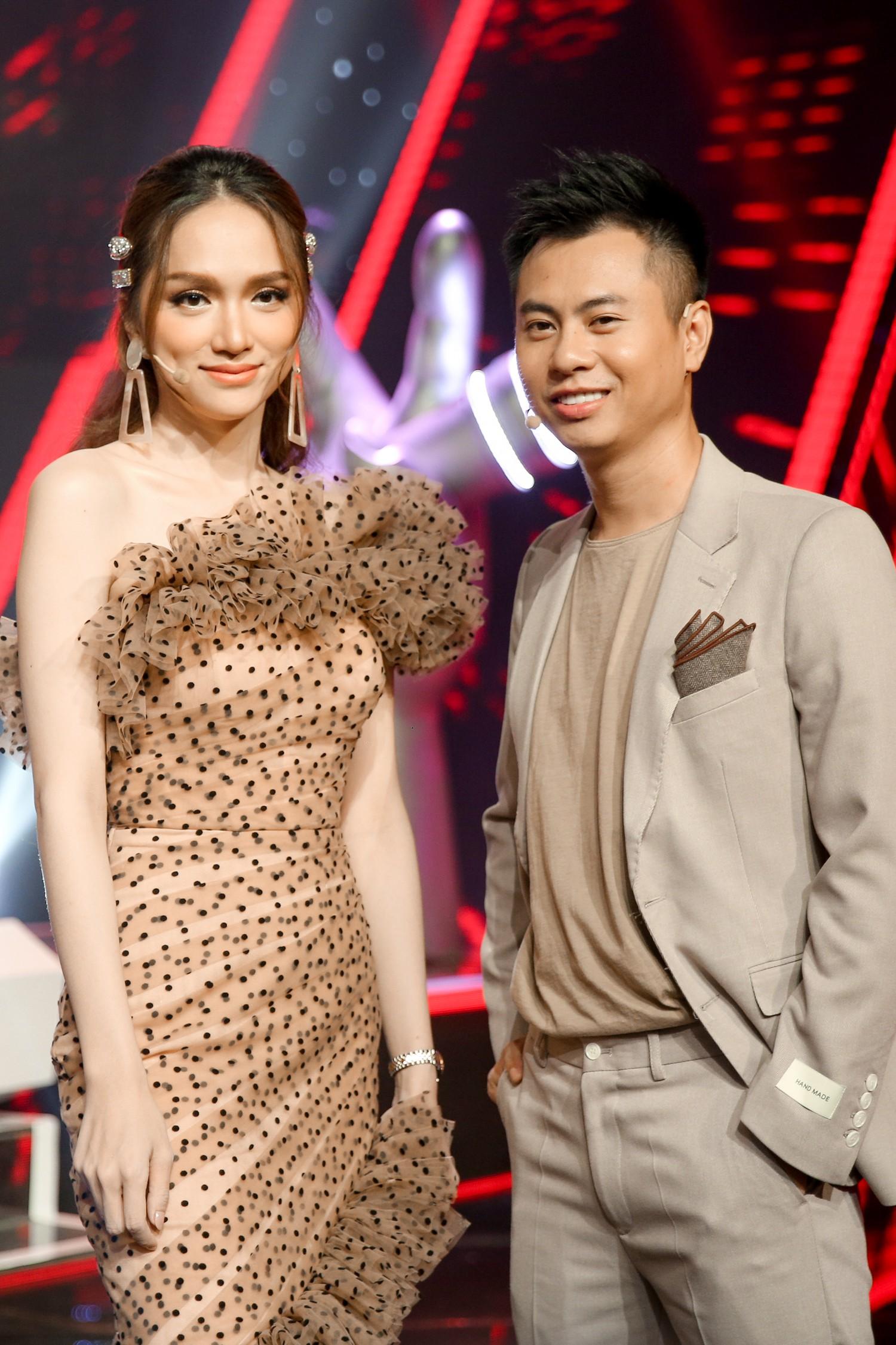 Vượt bão ồn ào ly hôn, Phạm Quỳnh Anh làm HLV The Voice Kids, ngồi ghế nóng cùng Dương Khắc Linh  - Ảnh 2.