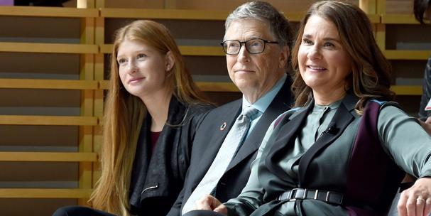"""Doanh nhân Đặng Lê Nguyên Vũ khuyên """"Đàn ông tính chuyện lớn đừng lấy vợ giống qua"""", còn tỷ phú thế giới Warren Buffett, Bill Gates nói gì về hôn nhân? - Ảnh 2."""
