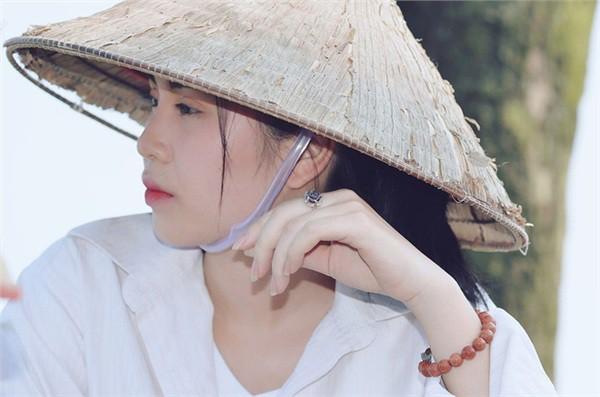Hotgirl gây sốc với bộ ảnh khỏa thân ở hồ sen từng đóng MV của Chi Pu - Ảnh 5.