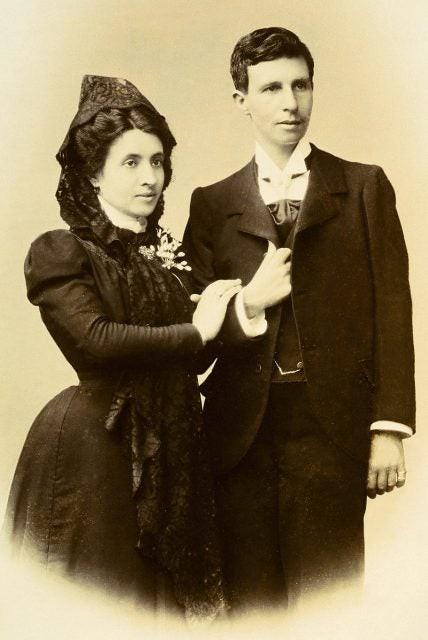 """Chứng ta chứng cả nàng: Hơn 100 năm trước, cặp đôi """"bách hợp"""" này đã lừa cả cha xứ để được lấy nhau - Ảnh 2."""