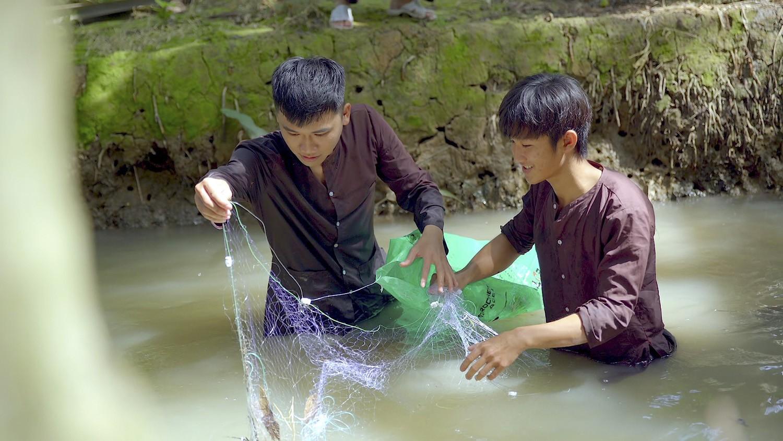 Vie Channel_Muon An Phai Lan Vao Bep Tap 11(2)